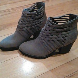 Sm new york talia boot